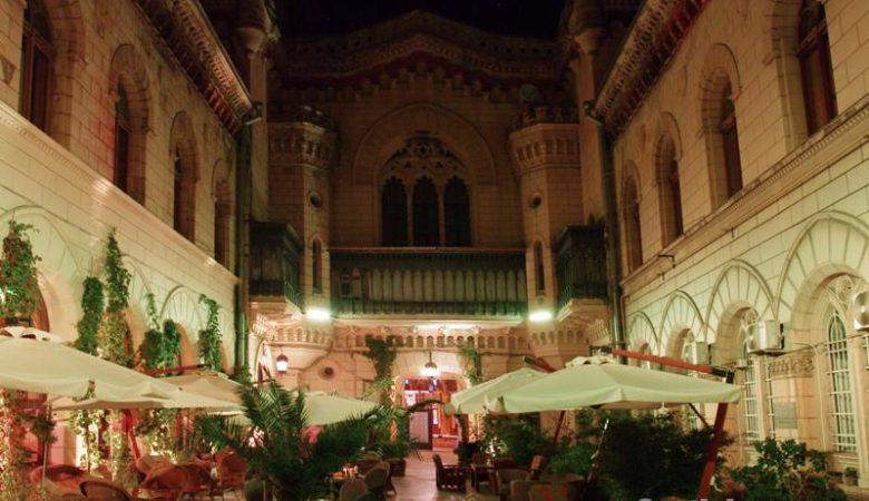 Архитектурная подсветка летнего дворика ресторана «Bernardazzi»